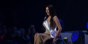 Miss Wheelchair World 2017 - stroje galowe