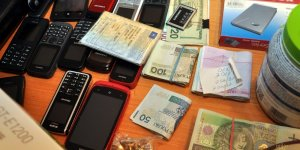 Rozbicie grupy mokotowskiej - zabezpieczone przedmioty i pieniądze