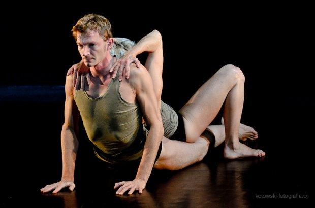 """""""Need me"""" Atelier Polski Teatr Tańca"""