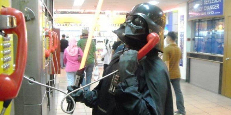 Zły - Darth Vader dzwoni