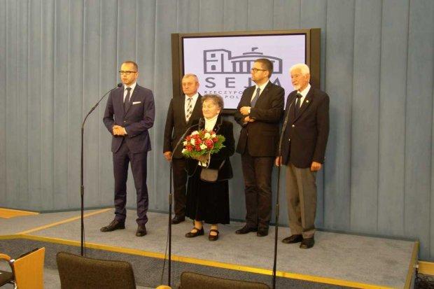 Konferencja prasowa po ustanowieniu w Sejmie dnia 2 X Dniem Pamięci o Cywilnej Ludności Powstańczej Warszawy