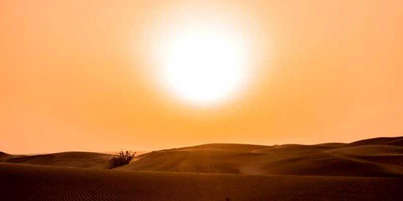 Prawdziwy upał (pustynia i słońce)