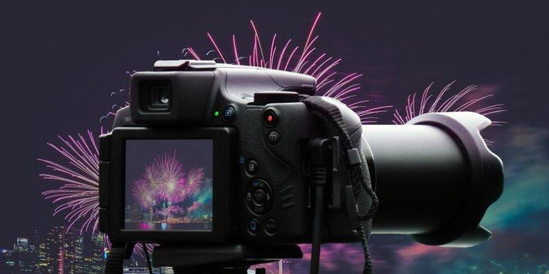 Aparat fotograficzny i fajerwerki