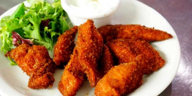 Vege kurczak fot. Chan Walrus (pexels.com)