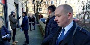 Aleksander Ferens, burmistrz Śródmieścia, w trakcie konferencji prasowej.