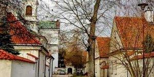 Kościół i klasztor Kamedułów na Bielanach. Autor: Aleksandra Stefaniak - wyróżnienie w etapie lutowym Warszawskiego Konkursu Fotograficznego 2020 r.