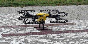 Dron do przewozu próbek medycznych foto ULC