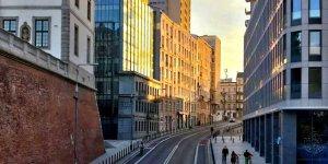 Ulica Tamka (część obrazu) - 1 miejsce w etapie majowym Warszawskiego Konkursu Fotograficznego 2020 r. Autor: Aleksandra Stefaniak