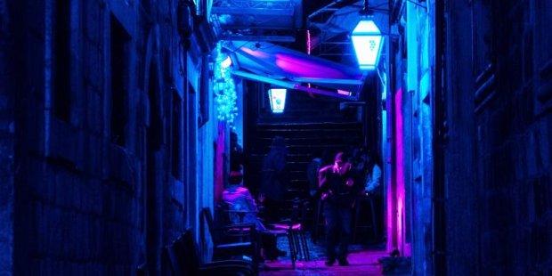 Czy ultrafiolet na ulicach miast to sposób na COVID-19? - Nicolas Postiglioni (Pexels)