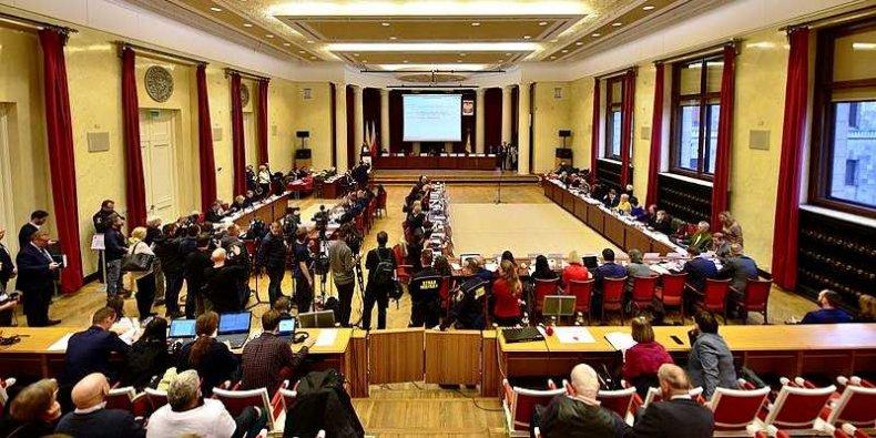 Rada m.st Warszawy w Sali Warszawskiej PKiN III sesja 13 grudnia 2018 foto. Adrian Grycuk (Wikimedia)