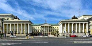 Pałac Komisji Rządowej Przychodów i Skarbu w Warszawie siedziba prezydenta m.st. Warszawy, foto Adrian Grycuk