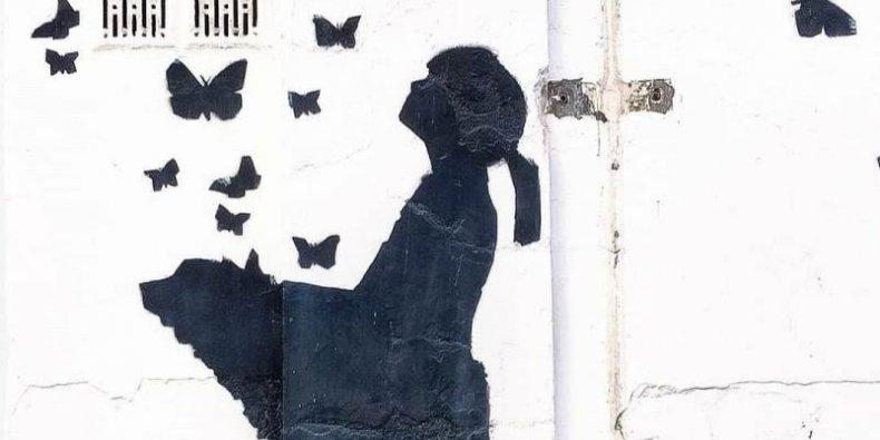 Dziewczynka z motylami - 1. miejsce w grudniowym etapie Warszawskiego Konkursu Fotograficznego. Fot. Urszula Bojanowicz