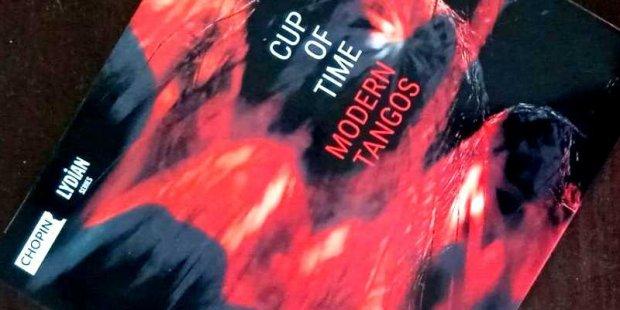 """Płyta """"Modern tangos"""" zespołu Cup of time - okładka płyty. Fot. Tomasz Chodorski"""