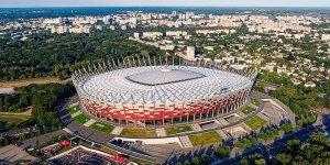 Stadion Narodowy z lotu ptaka od strony al. ks. Józefa Poniatowskiego. Fot. Arne Müseler (Wikipedia)