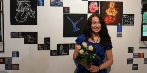 Monika Gliga i jej syrenki na wystawie w Galerii Brama Bielańska