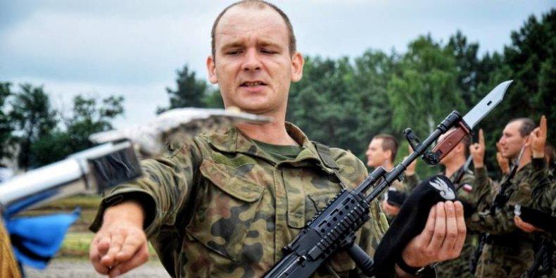 Przysięga wojskowa w 1 Warszawskiej Brygadzie Pancernej im. Tadeusza Kościuszki. (2.07.2021 r. Wesoła)