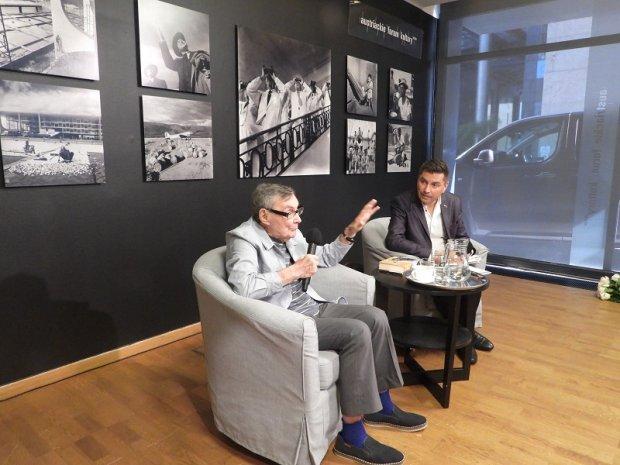Marian Turski i Remigiusz Grzela podczas spotkania