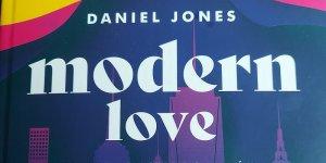Modern Love fragment okładki