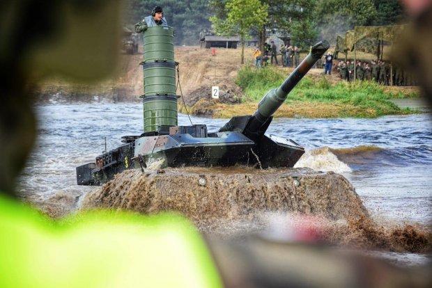 Czołg 1. Warszawskiej Brygady Pancernej